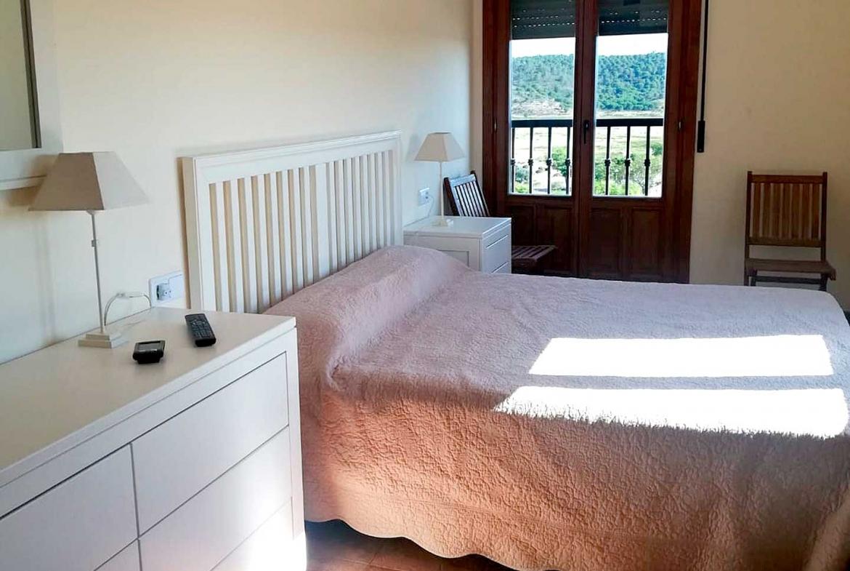 costa-esuri-net-LE111-room